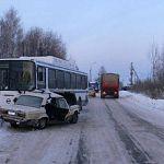 Пострадавший в аварии с автобусом находится под наблюдением врачей