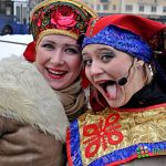 Как новгородцы с зимой прощались (фоторепортаж)