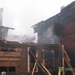 На месте ночного пожара в Малой Вишере работают криминалисты