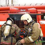 На Большой Московской три минуты пожарные тушили автомобиль