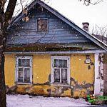 Дети и внуки новгородских ветеранов получили квартиры – старики остались в развалюхах