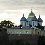 Перед Пасхой полиция с собаками проверила новгородские церкви
