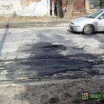 Фотофакт: ремонт дорог по-новгородски