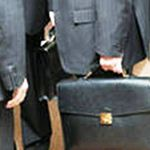 Бывшие чиновники устраиваются на новую работу с нарушением закона