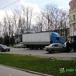 В Великом Новгороде пьяный водитель врезался в ЛЭП