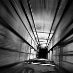 Житель Хабаровска разбился в Великом Новгороде, упав в шахту лифта