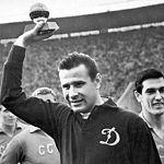 Читатели «ВН»: Советские футболисты побеждали, потому что играли не за деньги, а за честь Родины