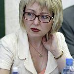 Завкафедрой журналистики НовГУ хочет заседать с Донцовой и Куклачёвым
