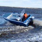 Неуправляемая лодка ночью устроила переполох на Волхове