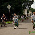 Велотуристам не стоит ждать радушного приёма от автомобилистов: фоторепортаж