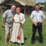 Главный умник посетил «Славянскую деревню» в Новгородской области