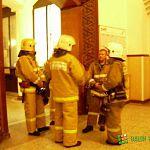 Пожарные прибыли на новгородский вокзал для тушения розетки, но электрик справился без них