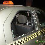 На перекрёстке Белова-Псковская такси угодило в аварию