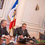 Виктор Михайлов не сел за один стол с Сергеем Митиным и Николаем Захаровым