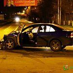 Народный репортёр: ночная авария на перекрестке Псковской и Белова