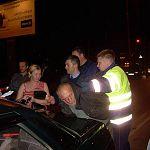 В Великом Новгороде гаишники задержали нарушителя с тремя пассажирками после долгой погони (фото)