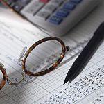 Чиновники тратят на бесполезную работу больше времени, чем другие новгородцы