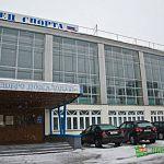 В бассейне Дворца спорта в Великом Новгороде умер молодой человек