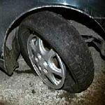 В Пестовском районе инспекторы ГИБДД стреляли по колёсам нарушителя