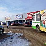 Автобус № 16 стал ходить до «Магнита» на Кочетова,  и здесь у него возникают проблемы
