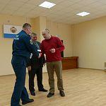 Новгородских полицейских наградили за отвагу на пожаре