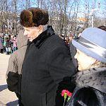 Боец, закрывший собой амбразуру, сегодня рассказал Великому Новгороду о себе