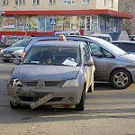 Фотофакт: на Фёдоровском ручье столкнулись четыре машины