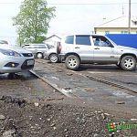 На Санкт-Петербургской из-за ремонта железнодорожного переезда  затруднено движение