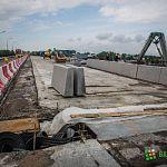 По мосту Александра Невскому разрешат движение частного транспорта по ночам