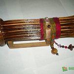 Губернатор получил в подарок от жителей Марево уникальный калейдоскоп из борщевика