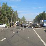 Два человека погибли, еще двое серьезно пострадали при столкновении автомобилей на ФАД «Россия» в Крестецком районе