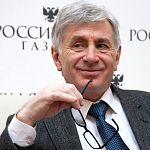 Чешский консул, часто попадающий в ДТП, поздравил новгородского губернатора с Новым годом