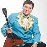 Балалаечник-виртуоз смешает народную музыку, классику и джаз в Великом Новгороде