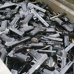 Одиозный депутат предложил провести тотальную переаттестацию владельцев оружия