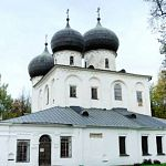 После критики со стороны губернатора новгородскому кафе предложили выехать из Антониева монастыря