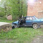В Великом Новгороде угонщица попала в аварию