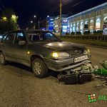 Ночью на Большой Санкт-Петербургской произошла авария с участием «пьяного мопеда»