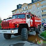 Фотофакт: в Псковском микрорайоне сгорел частный дом