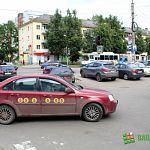 Депутат Хиврич предлагает запретить парковку у ТЦ «Волна» в районе «Кея»
