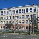 Жительница Великого Новгорода пожаловалась на директора школы