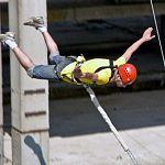 Под Хвойной молодой человек разбился, прыгая с верёвкой