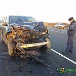 Под Великим Новгородом два человека погибли при столкновении джипа с ВАЗом
