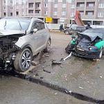 Фото: в ДТП на Псковском шоссе разбиты две машины