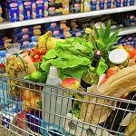 Цены: осенью новгородцы должны были заметить, как подорожало мясо и подешевели овощи