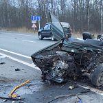 Под Новгородом в столкновении с автобусом погиб водитель «Жигулей»
