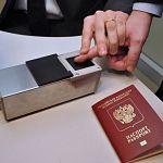 Сегодня в Госдуму внесут законопроект, по которому большинство граждан России обяжут сдать биометрические данные