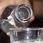 Полиция изъяла девять тысяч литров спирта в Новгородской области