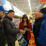 Новгородские либерал-демократы пришли в «Магнит» со сливочным маслом