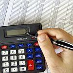 В Валдае возбудили четыре уголовных дела против бухгалтера техникума