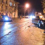 Полиция продолжает розыск водителя «Мерседеса», скрывшегося с места ДТП